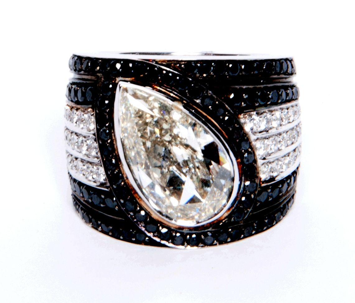b62d6b8c84c Black Diamonds