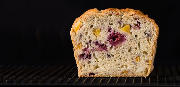 Raspberry+Mango+Loaf - +A+perfect+treat+for+brunch,+afternoon+snack+or+dessert.+This+loaf+is+low+in+sugar+thanks+to+naturally+sweet+iögo+with+stevia+extract.