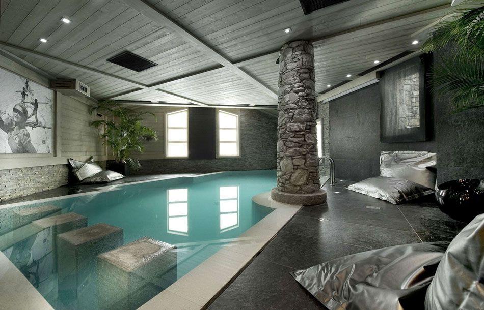 La piscine intérieure u2013 un rêve pour profiter de lu0027eau tout au long - location chalet avec piscine interieure