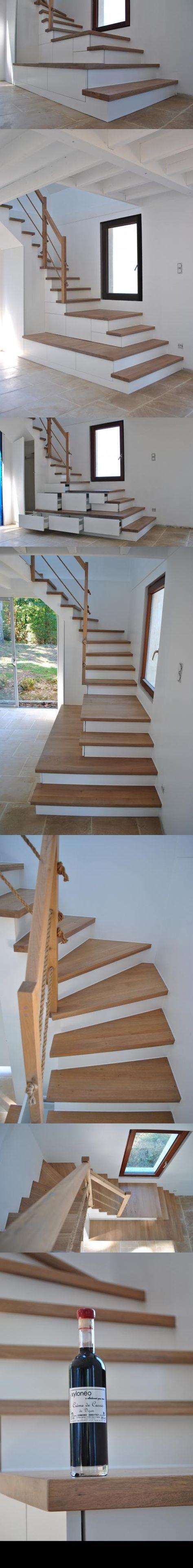 Escalier Agencé Structure En Médium Laque Acrylique Blanc Satiné