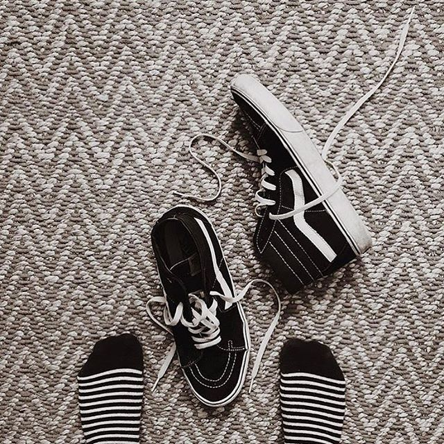black and white. A combo that never fails. #richerpoorer