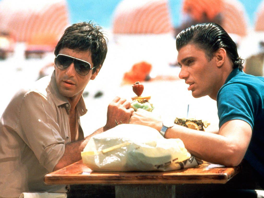 « Dans Scarface O1q1ydr Lunettes 1983 Pinterest Pacino Al » gbfY76y
