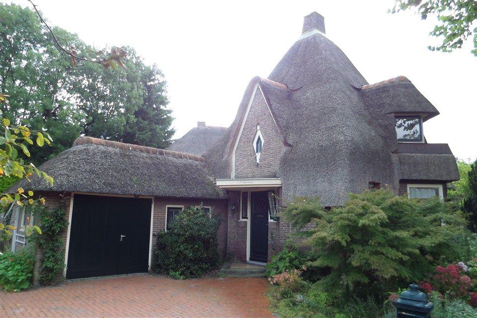 Jaren30woningen.nl    #jaren30 Villa in Assen   Amsterdamse school