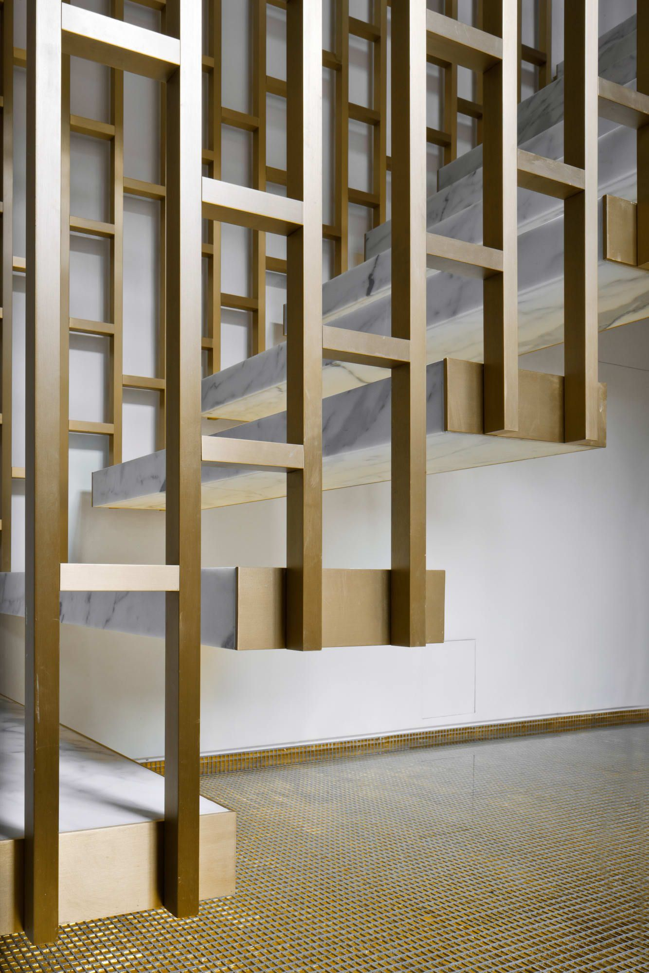 Labics alessandra chemollo d apartment detail - Interior stair railing contractors ...