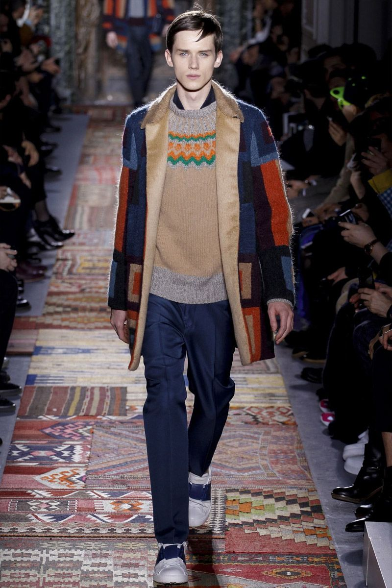 Discussion on this topic: Valentino FallWinter 2014-2015 Collection – Paris Fashion , valentino-fallwinter-2014-2015-collection-paris-fashion/