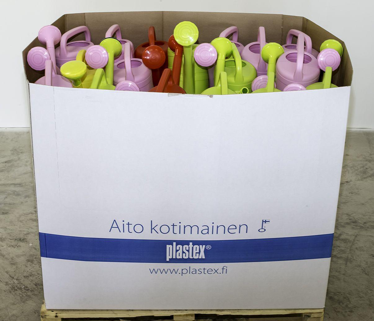 Iloiset ja pirteät Suomessa valmistetut puutarhakannut saatavilla myös displayssa!