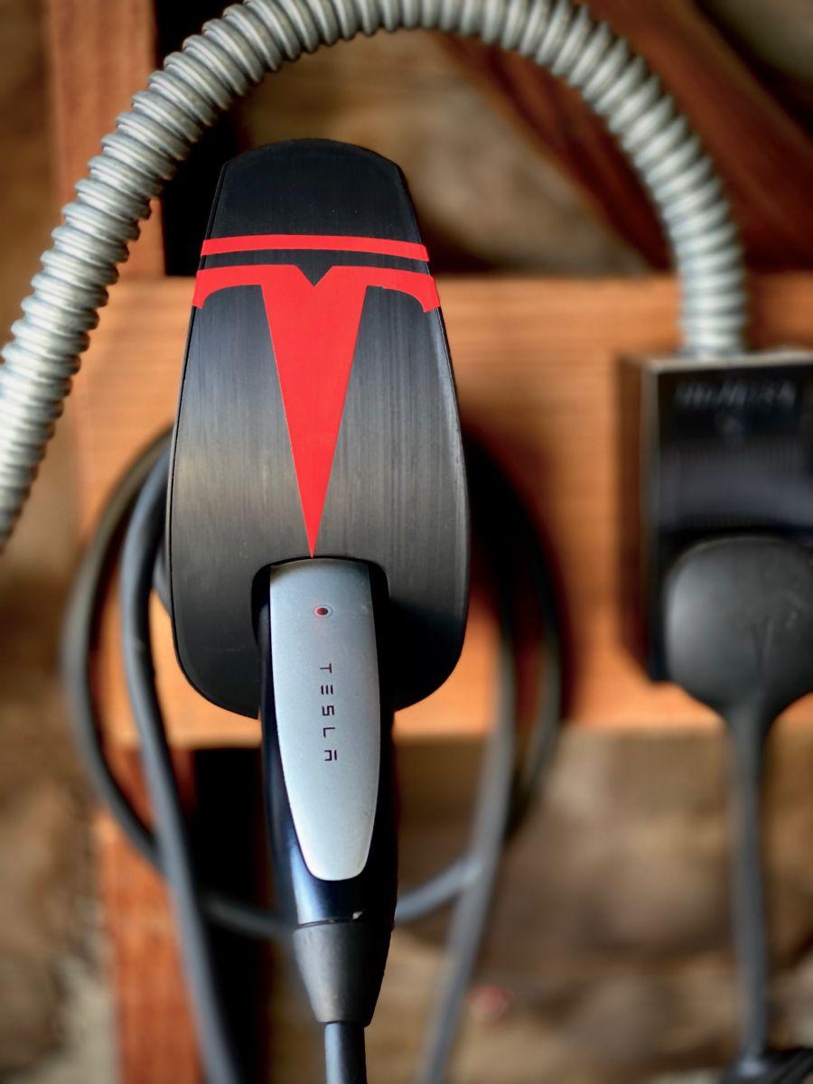 Mini Super Charger Setup At Home Ev Charger Tesla Car Home Appliances