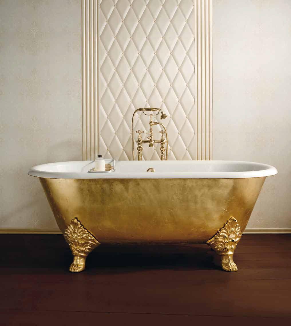 Carlton cast iron bathtub in luxury finishing gold leaf. Antique ...