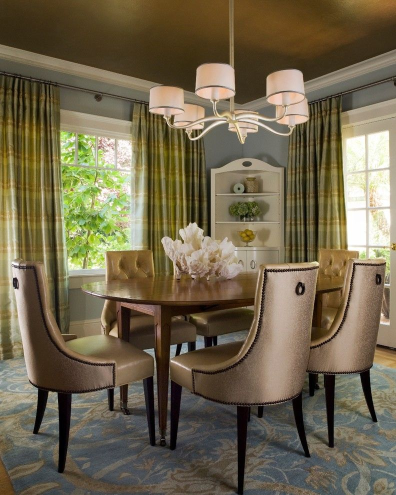 Traditional Style Dining Room Idea Dark Gold Toned Chairs Round Shaped Wood Table Blue