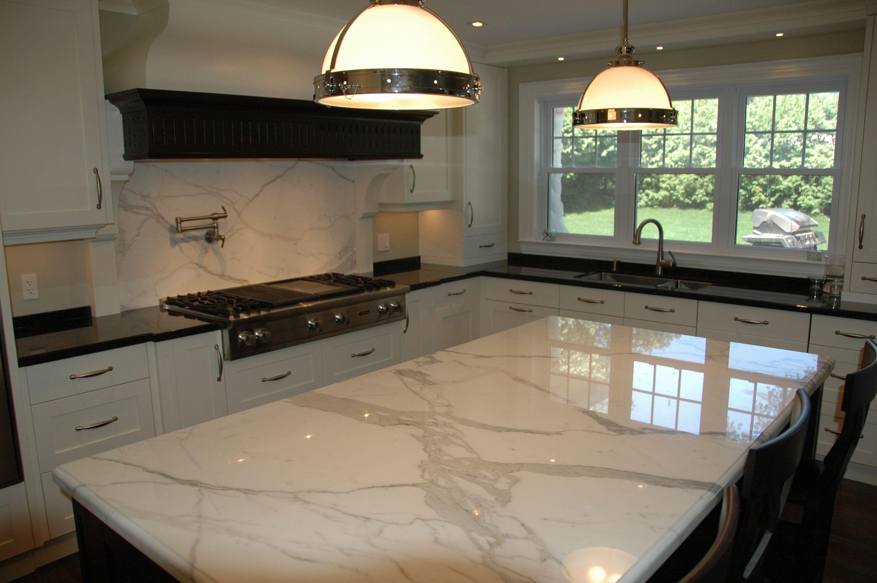 Marble Island Backsplash Quartz Counter Countertops