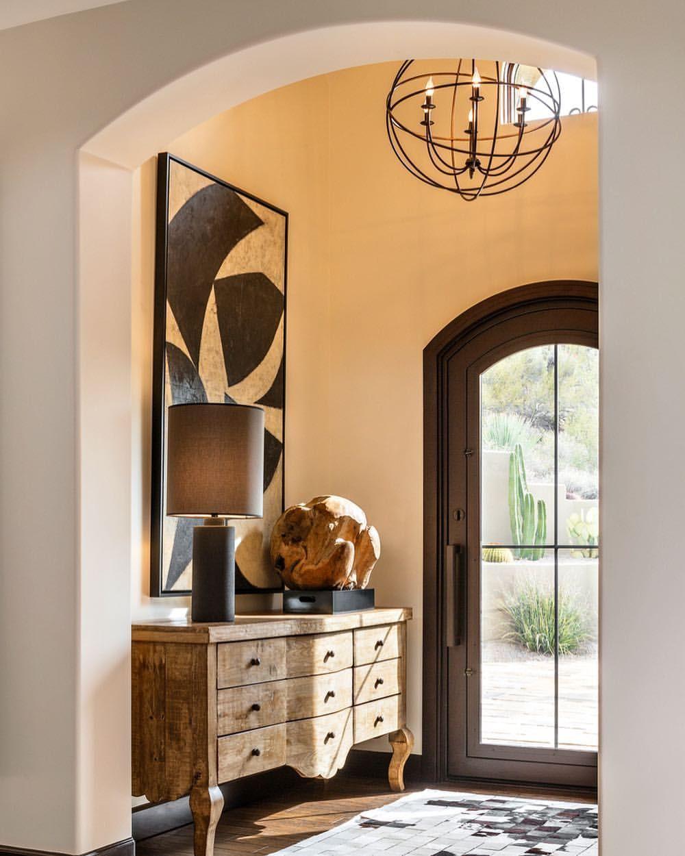 Entry hallway furniture  Instant warmth LuxeAtHome sandow  Phot  DECORATING HOME