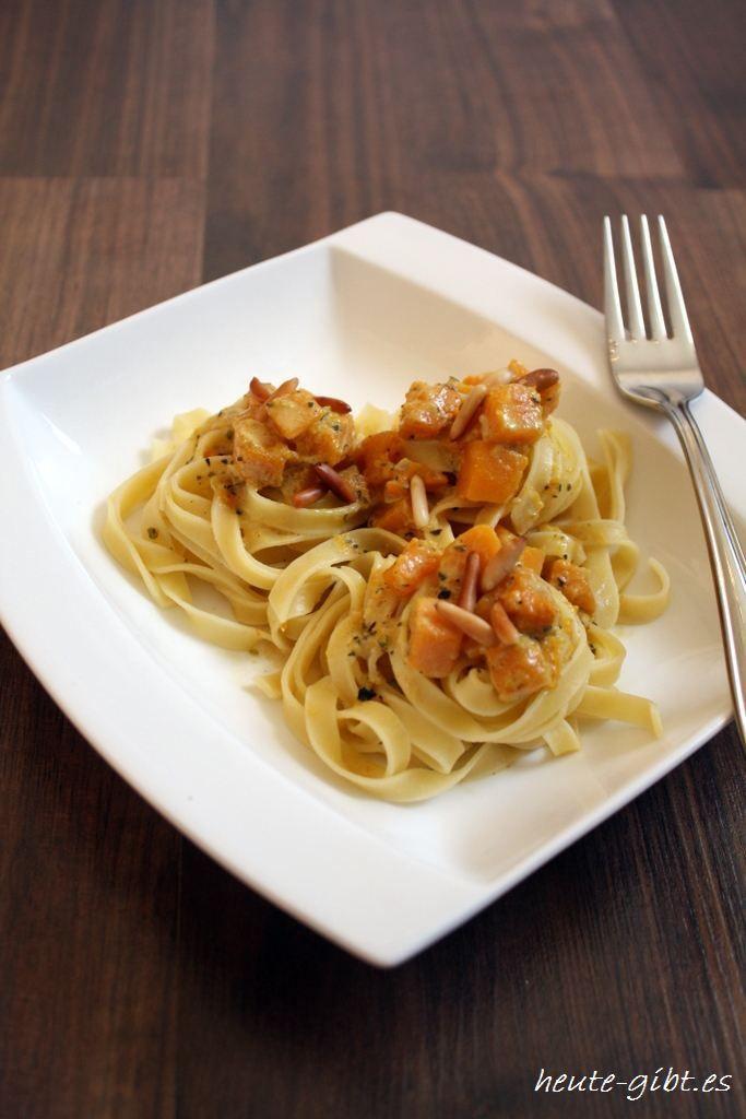 Tagliatelle Mit Butternut Kurbis Rezept Italian Food Pinterest