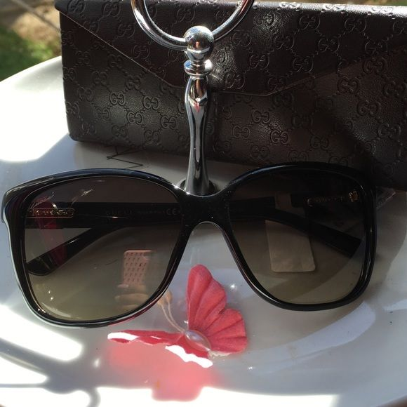 2f7d42a0e62 Gucci Glasses✨GG 3645 S ✨ Gucci Glasses ✨ Product details Brand  Gucci  Department  Women Silhouette  Square   Rectangle Material  Plastic Shiny Cat -eye ...
