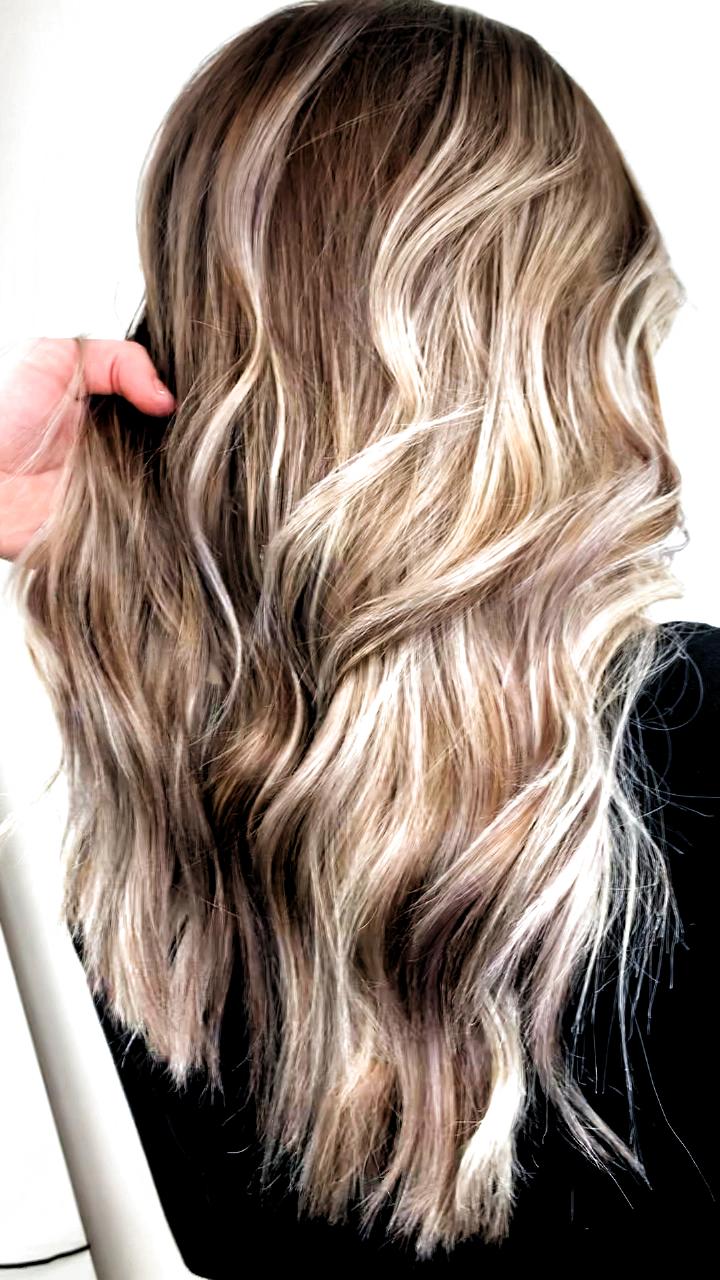 Platinum White Ashe Blonde Balayage Highlights Hair Color Ideas For Blondes Hair Color Balayage Blonde Hair Color Blonde Balayage