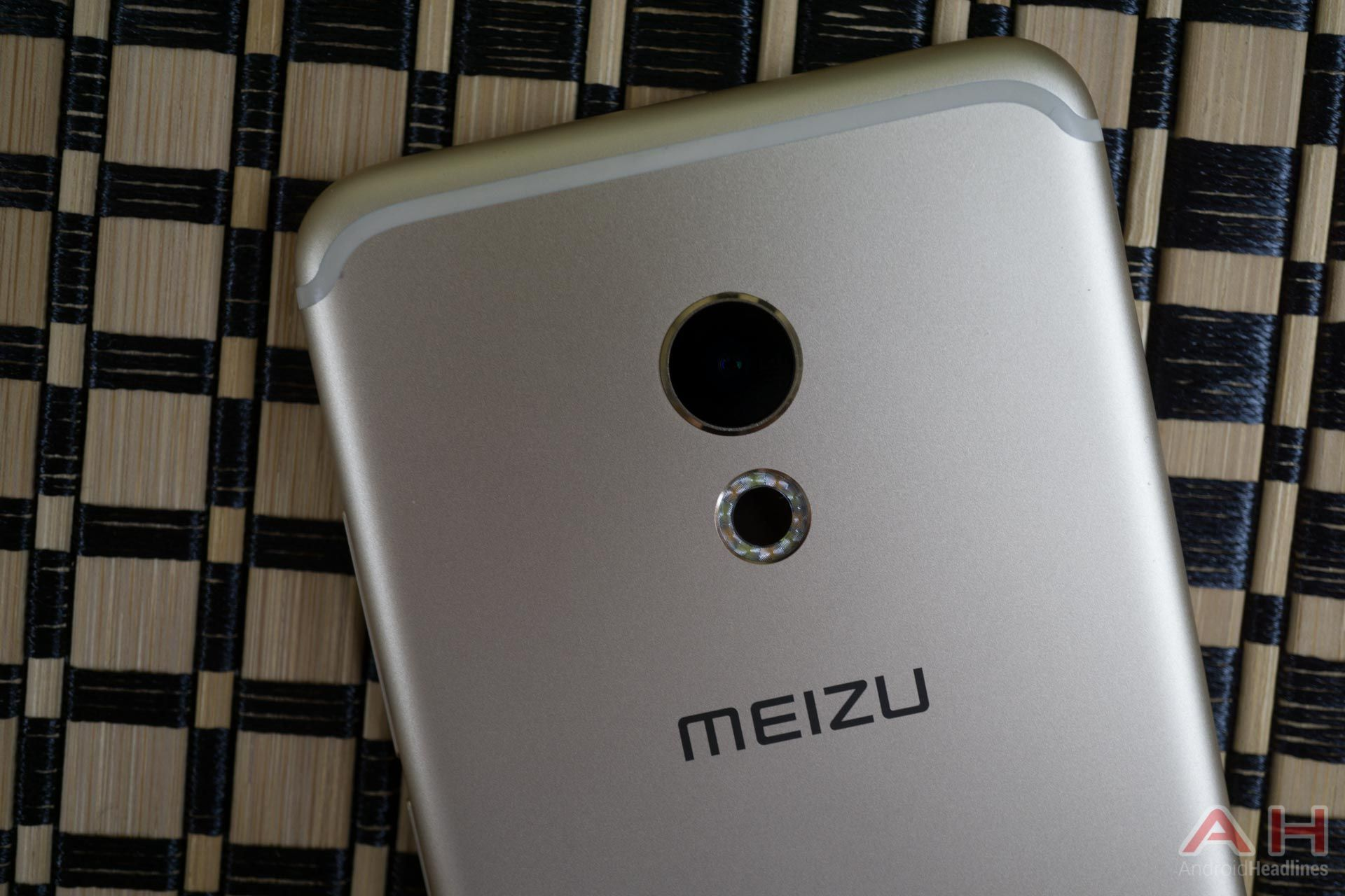 Rumor: Meizu MX6 To Land On June 20th Specs & Pricing Leak #Android #CES2016 #Google