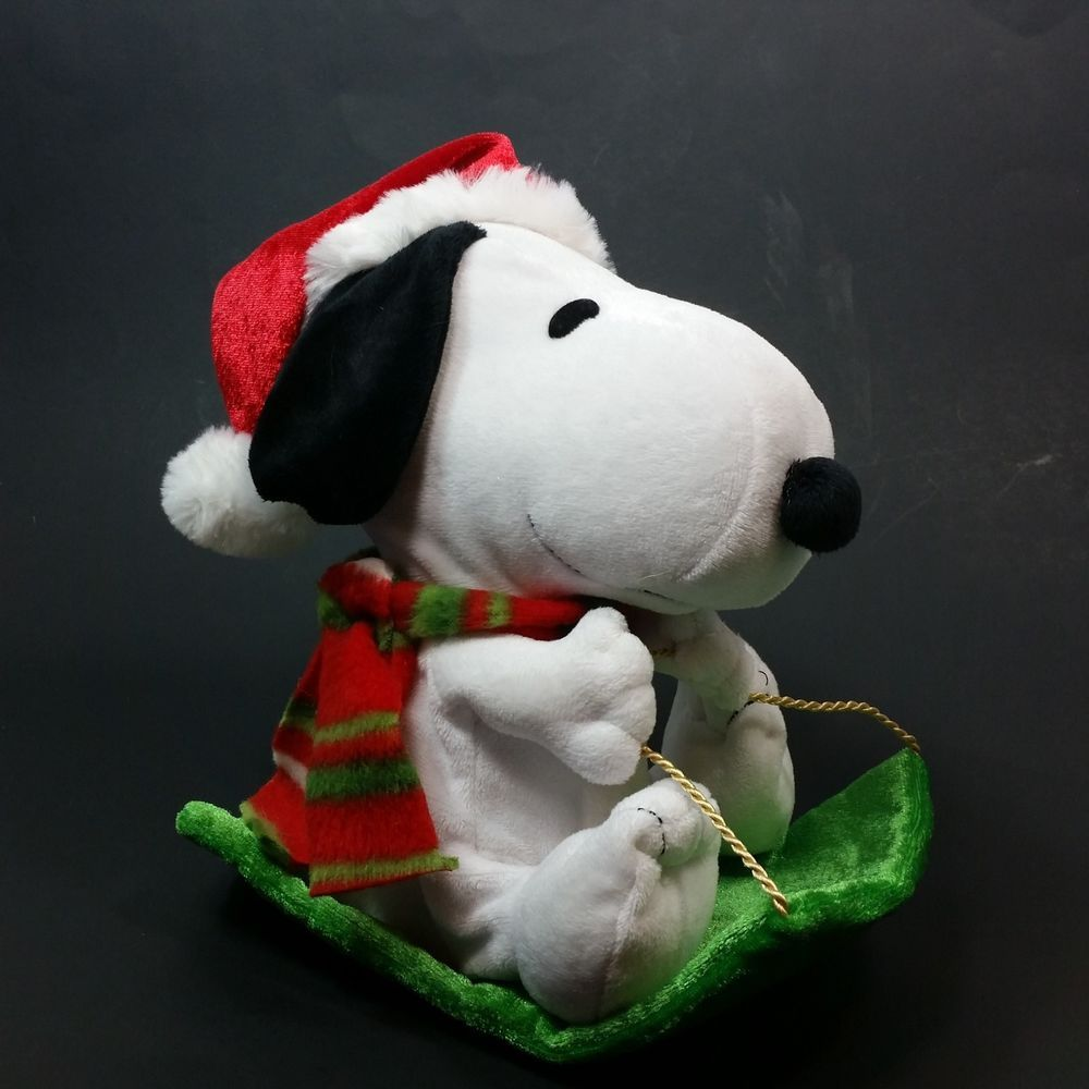 Dancing Snoopy Sled Christmas 2012 Animated Music Peanuts ...