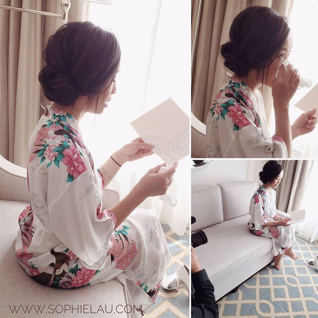 Today_s_bride_reading_the_groom_s_letter._An_emotional_moment_for_her._A_great_photographic ...