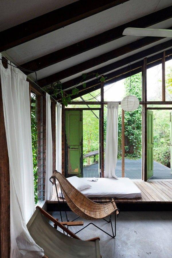 Home Designing  (via Modern Thai Home Inspiration)