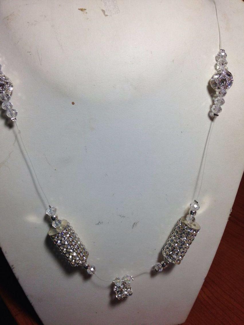 #collana in filo plastica con decorazioni di #cristallo. Su www.oro18.eu #oro18 #bigiotteria #bijoux #jewelry