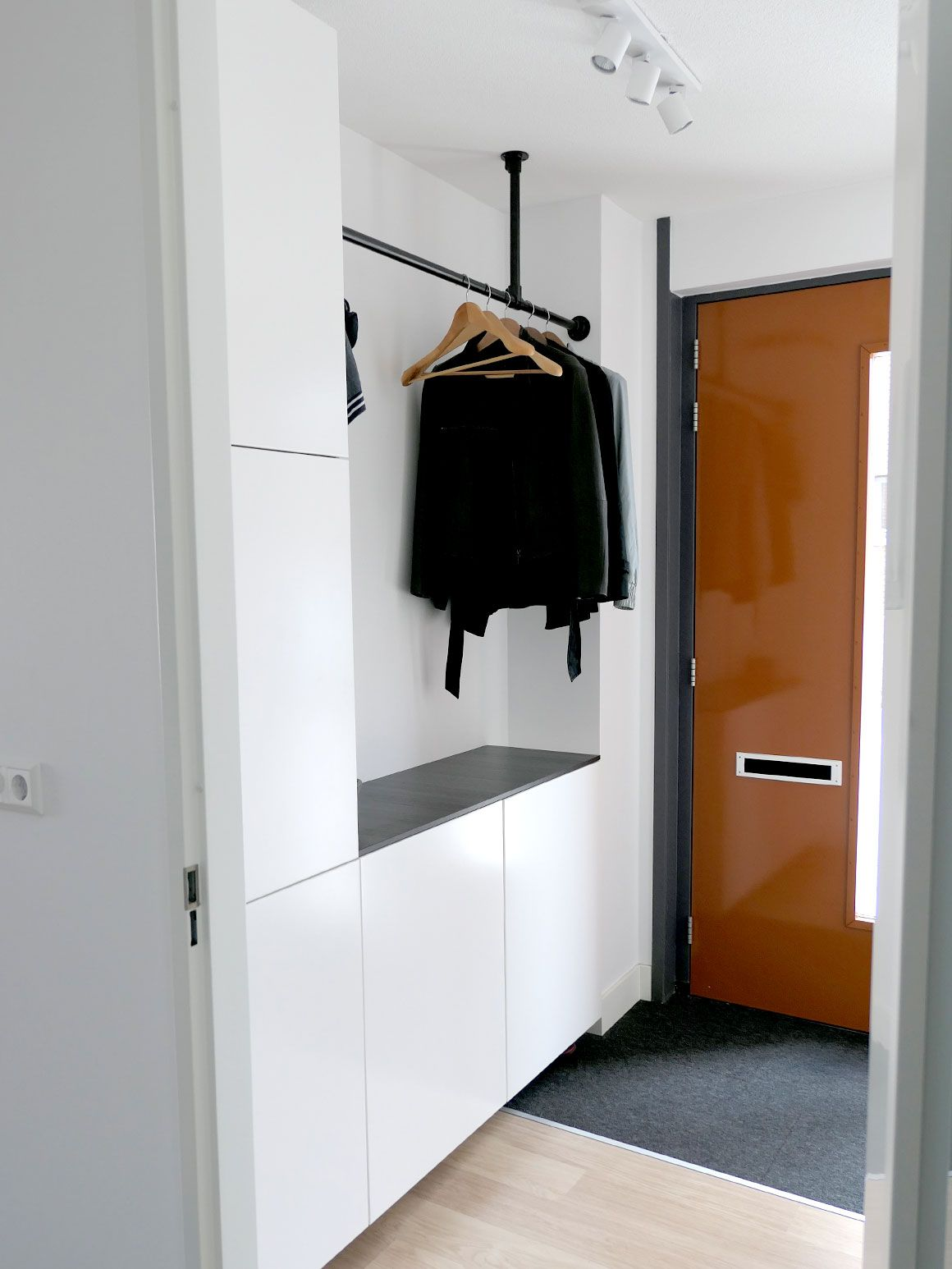 Garderobe En Schoenenkast.Ons Nieuwe Huis 13 Garderobe Schoenenkast Hallway