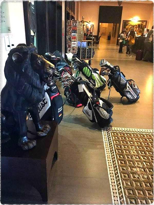 C'est parti pour une journée golfique....le soleil est au rendez-vous. ⛳🌴☀  Bon début de semaine :) 👌  #Marrakech #Golf