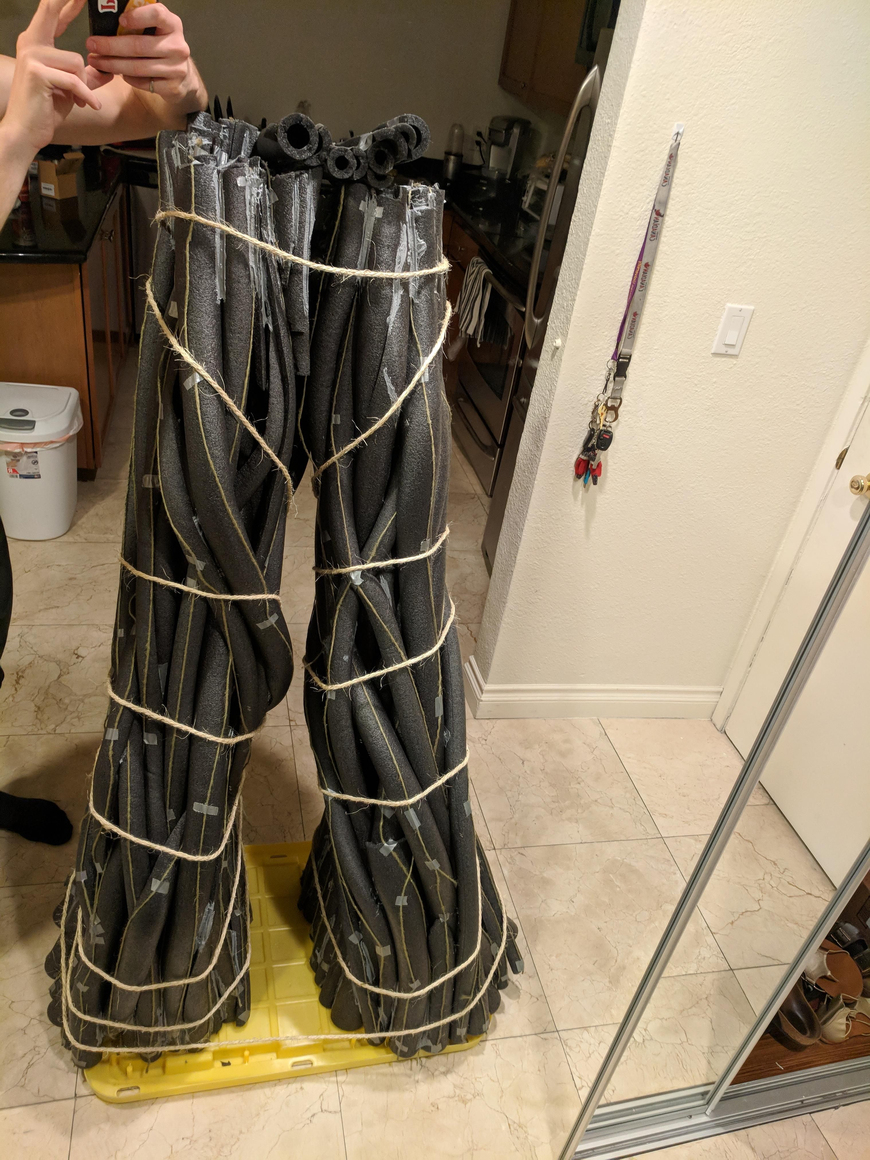 [Help] binding foam legs for a cosplay Groot (With images