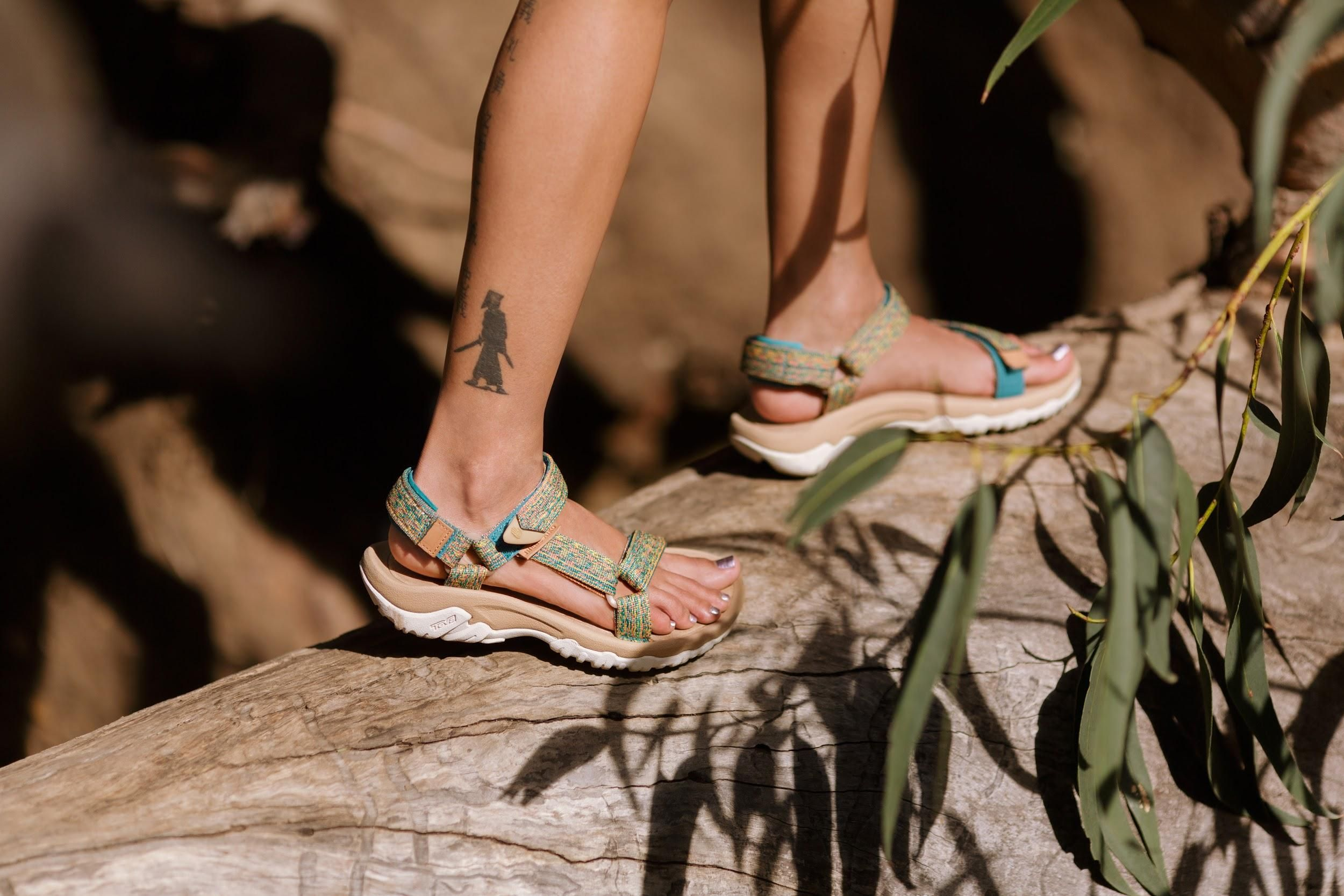 When Jhene Aiko Was In Need Of A Functional Yet Fashionable Sandal In Hawaii She Discovered Teva And Fell In Love With Th Sandal Fashion Jhene Aiko Dream Shoes
