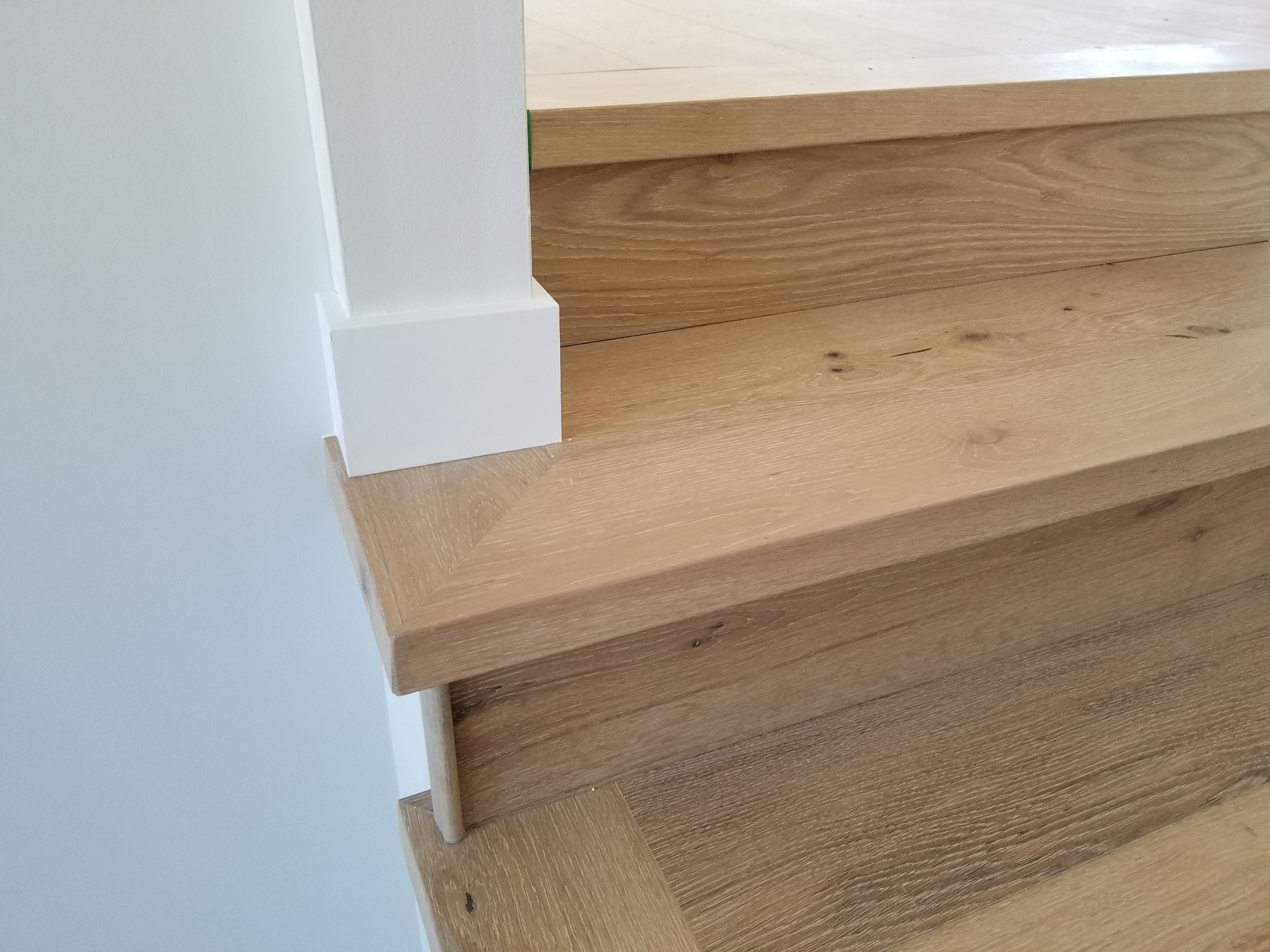 We Produce And Install Luxury Vinyl Nosing And Engineered Hardwood Nosing That Match Your Flooring Vinyl Stair Nosing Luxury Vinyl Engineered Hardwood Flooring
