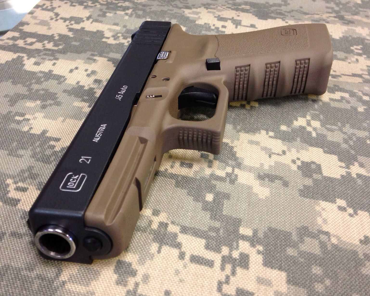 Glock 21 cerakoted Sniper Grey and FDE | Ar-15 and glock build up ...