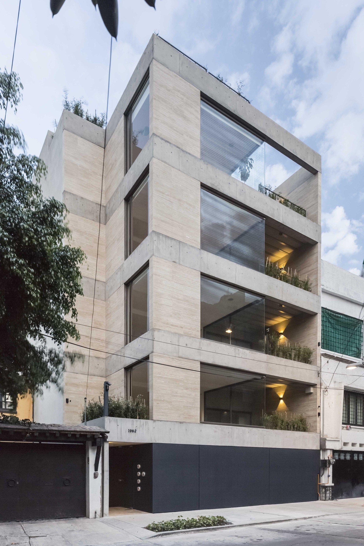 Galer a de l pez cotilla 1062 taller capital 11 for Fachadas de edificios modernos