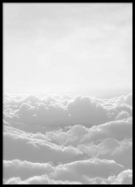 Fotodruck mit Wolkendecke in Schwarz-Weiß bei Desenio #deseniobilderwand