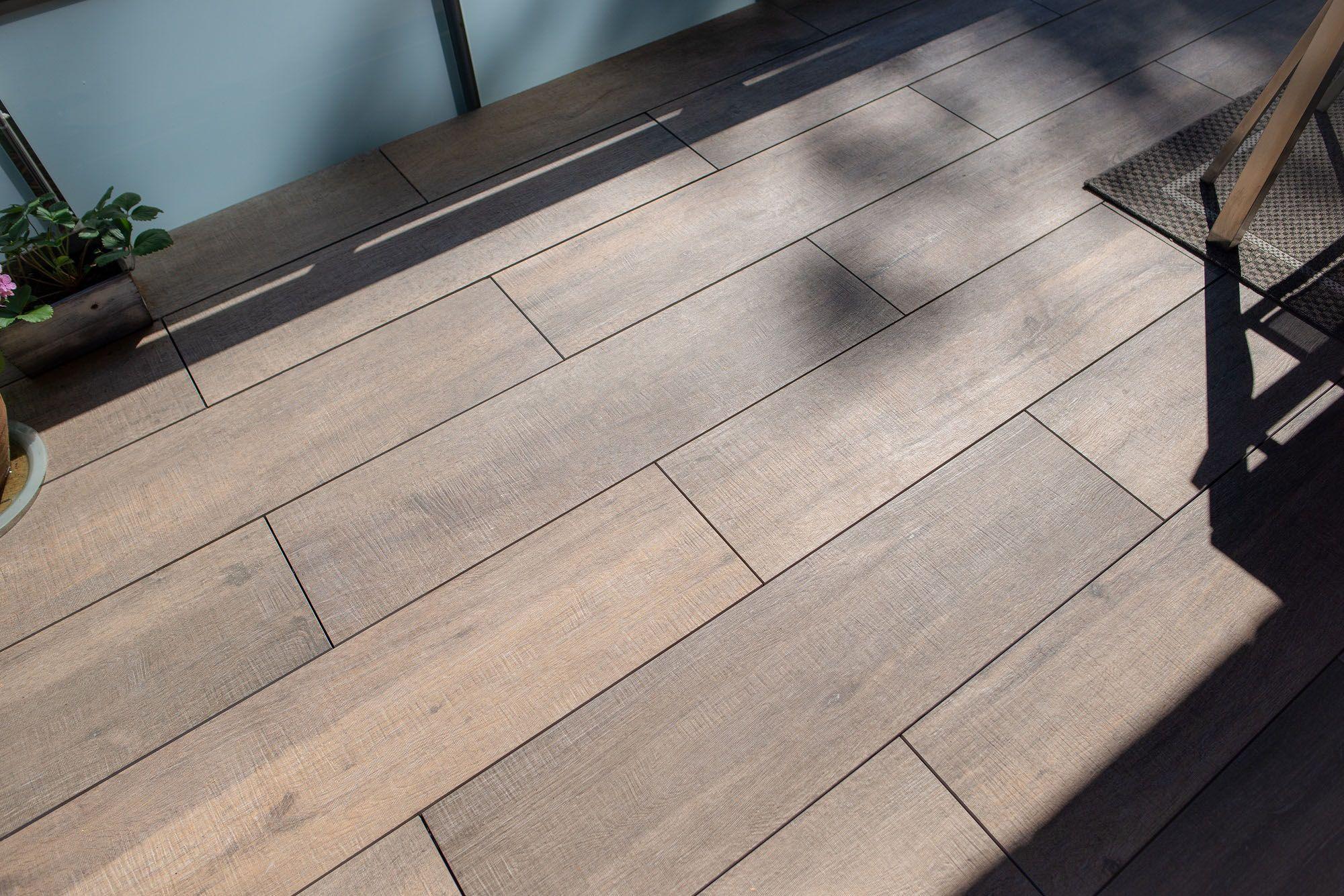 Houten Tegels Balkon : Houten vlonder op uw balkon of dakterras? bekijk ook eens onze