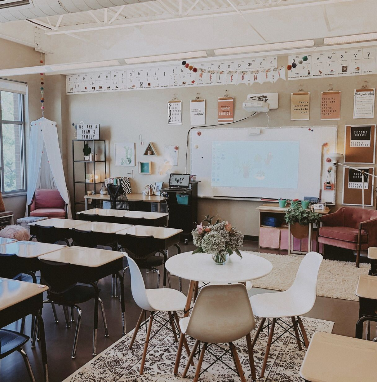 51 Best Classroom Decoration Ideas - 51 amazing classroom decoration ideas including how to create