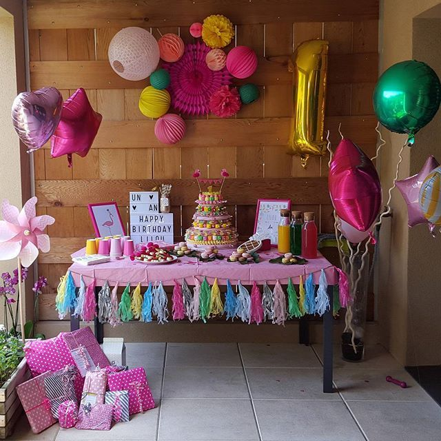 tropical party anniversaire 1an birthday f te party deco tropical. Black Bedroom Furniture Sets. Home Design Ideas