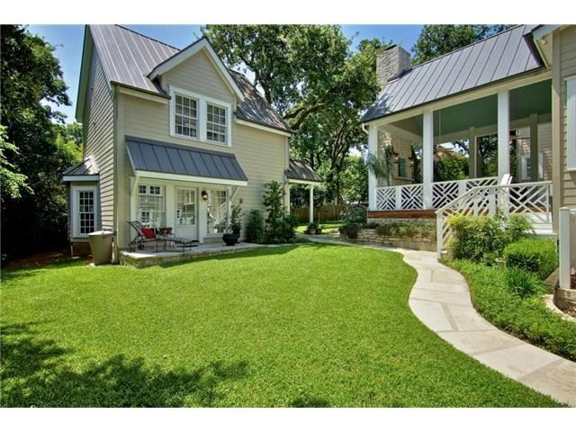 guest house off loggia with chippendale railing |1315 Meriden Ln, Austin, TX 78703 - MLS