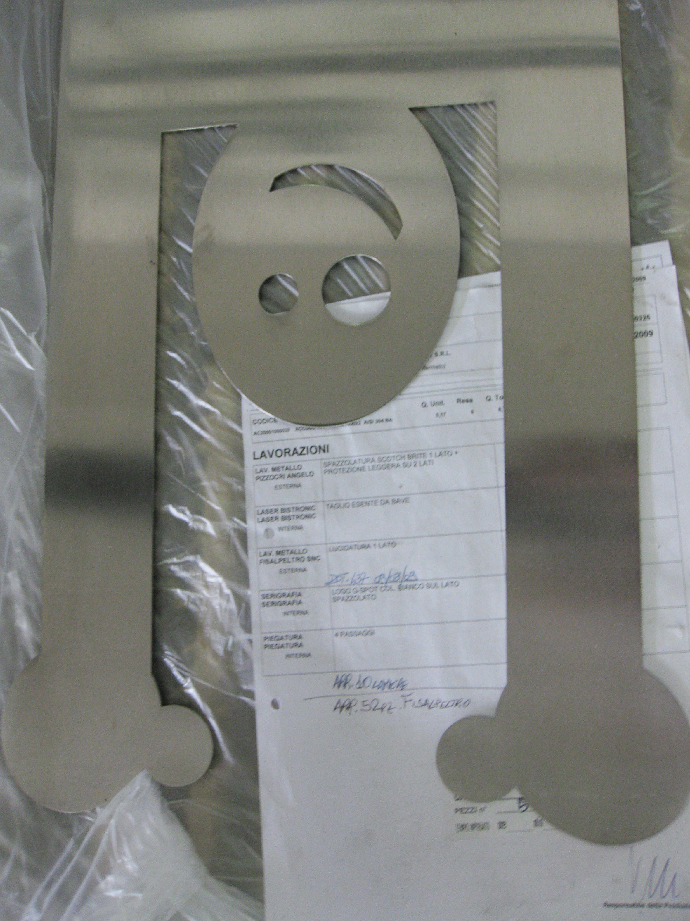 Sdraiami Magazine Holder Lia Tagliavini For Lettera G Factory Design Magazine Holders Design