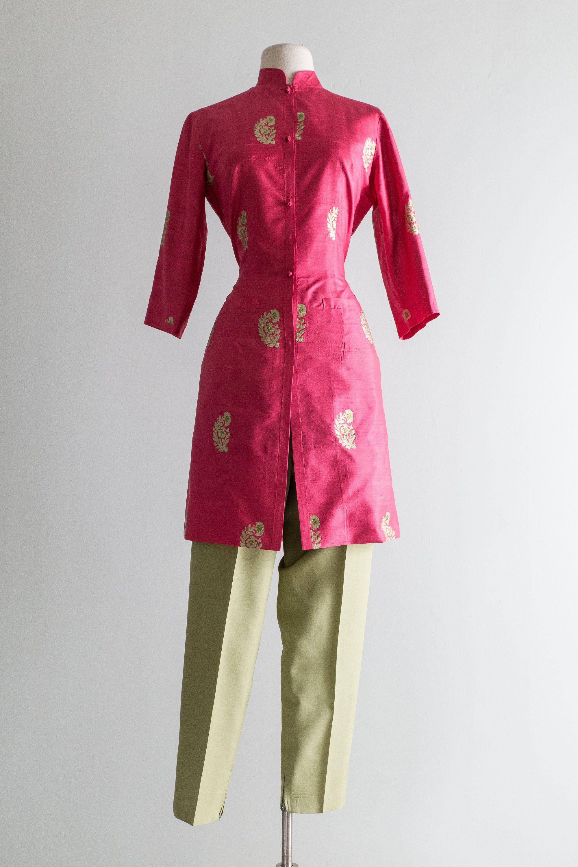 Yellow Gold Dress Size 14 Made in Hong Kong Deadstock Women/'s Sleeveless Fitted Waist Dress Vintage 60s Velvet Dress