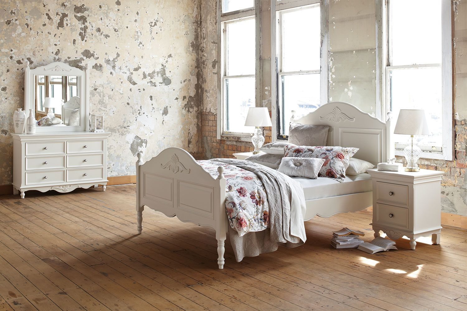 Exceptional The Chambre 4 Piece Queen Dresser And Mirror Bedroom Suite By Garry Masters  Has All Of