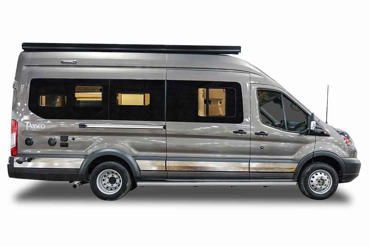 Built on the ford transit chassis this week winnebago unveils a small motorhome made for