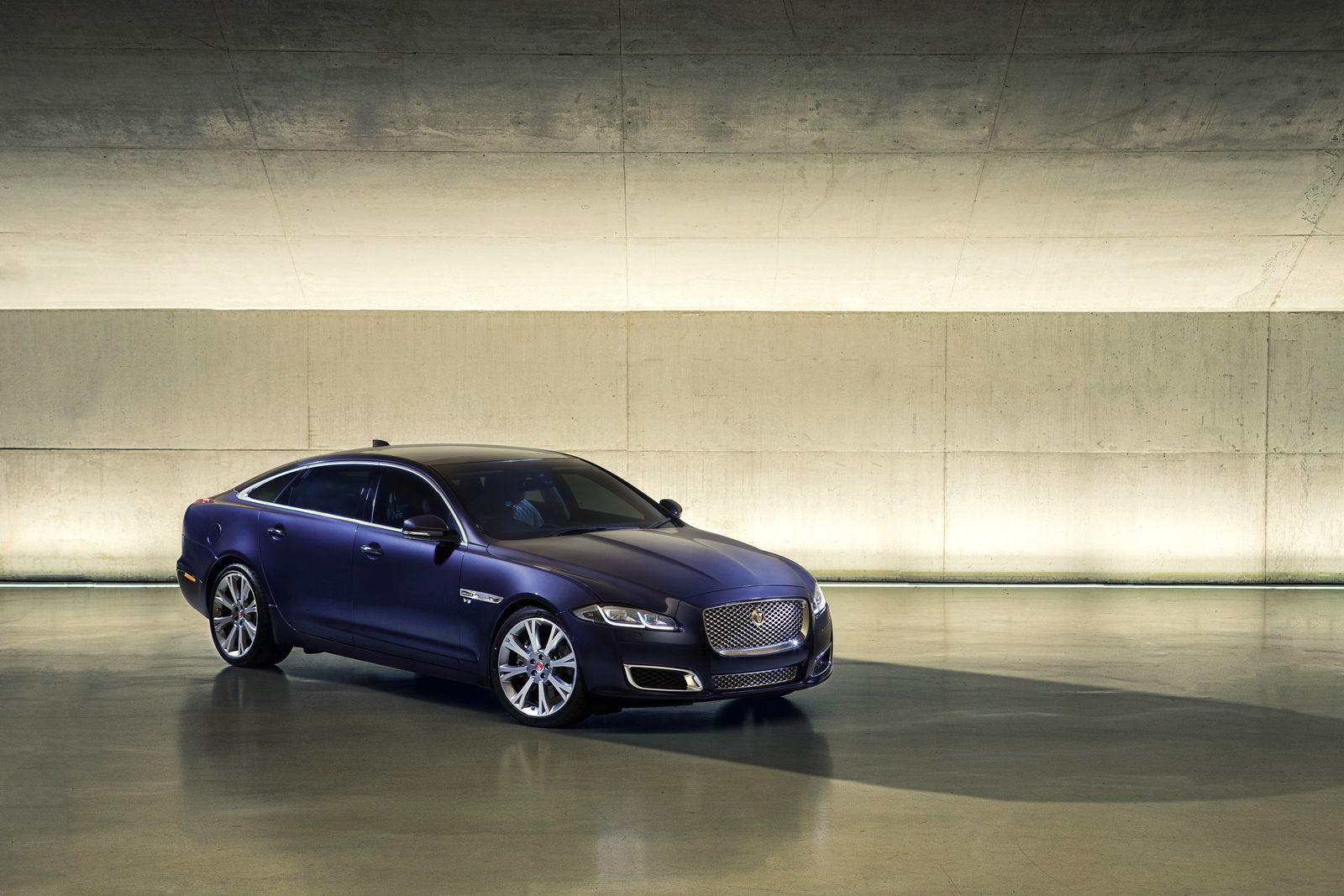 New jaguar xj will be just as stylish but even more advanced