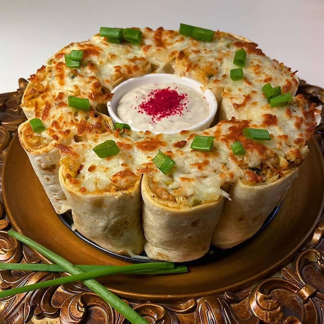مطبخ ندى On Instagram وصفة منقولة قالب الشاورما Maryom1516 طريقة الشاورما صحن صدور دجاج مقطع بالطول ونحاف ي Recipes Arabic Food Food