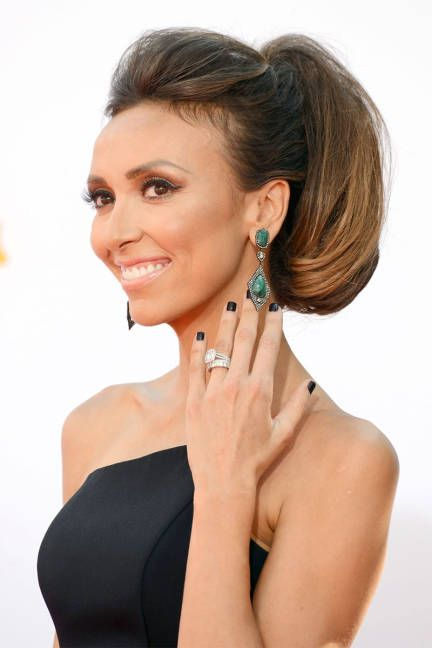 giuliana rancic love her look hair nails makeup dress jewelry - Giuliana Rancic Wedding Ring
