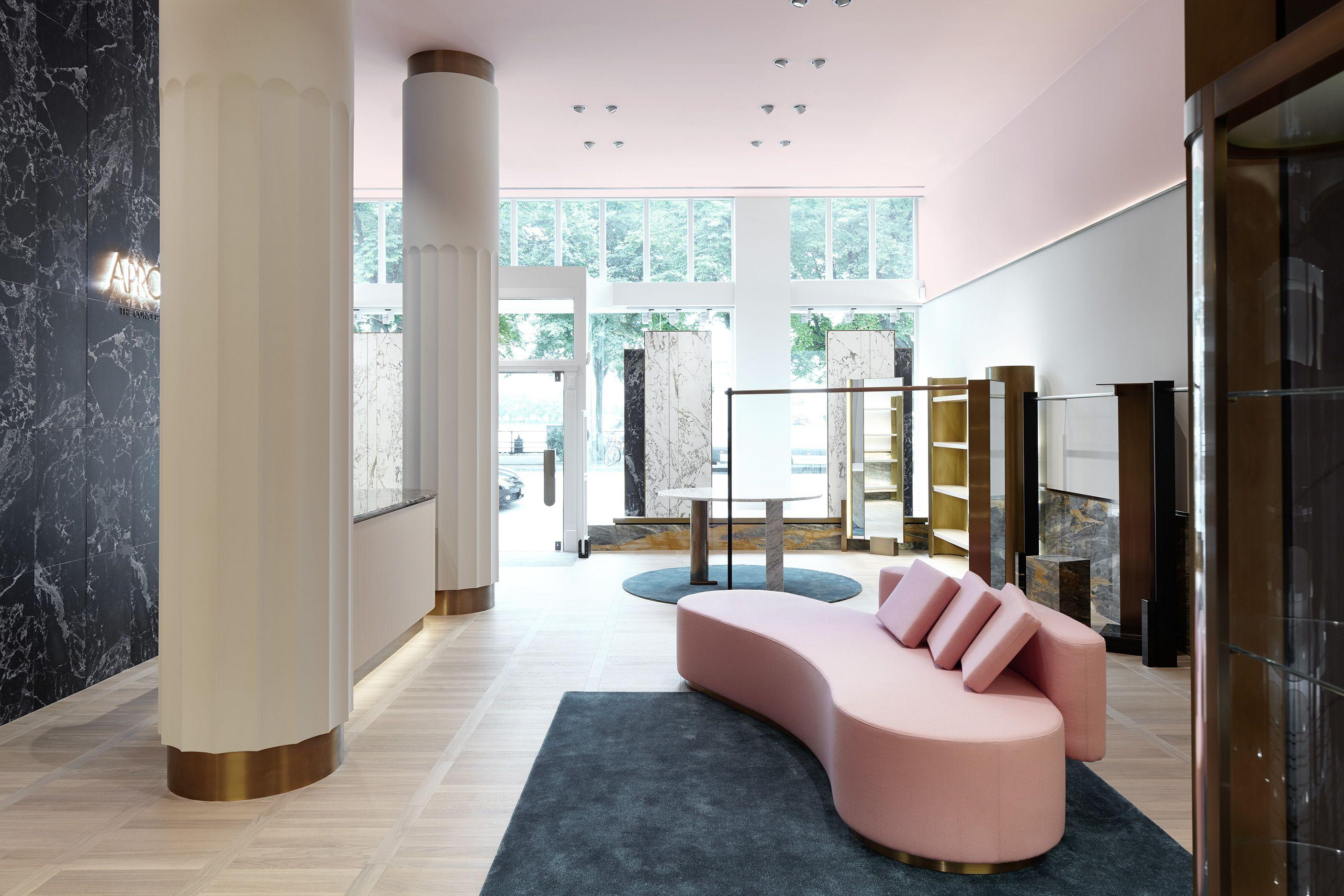 Concept Store Apropos Hamburg Men Flagship Retail Design By Rodolphe Parente Design De Magasin Design Du Hall D Hotel Magasins Concept