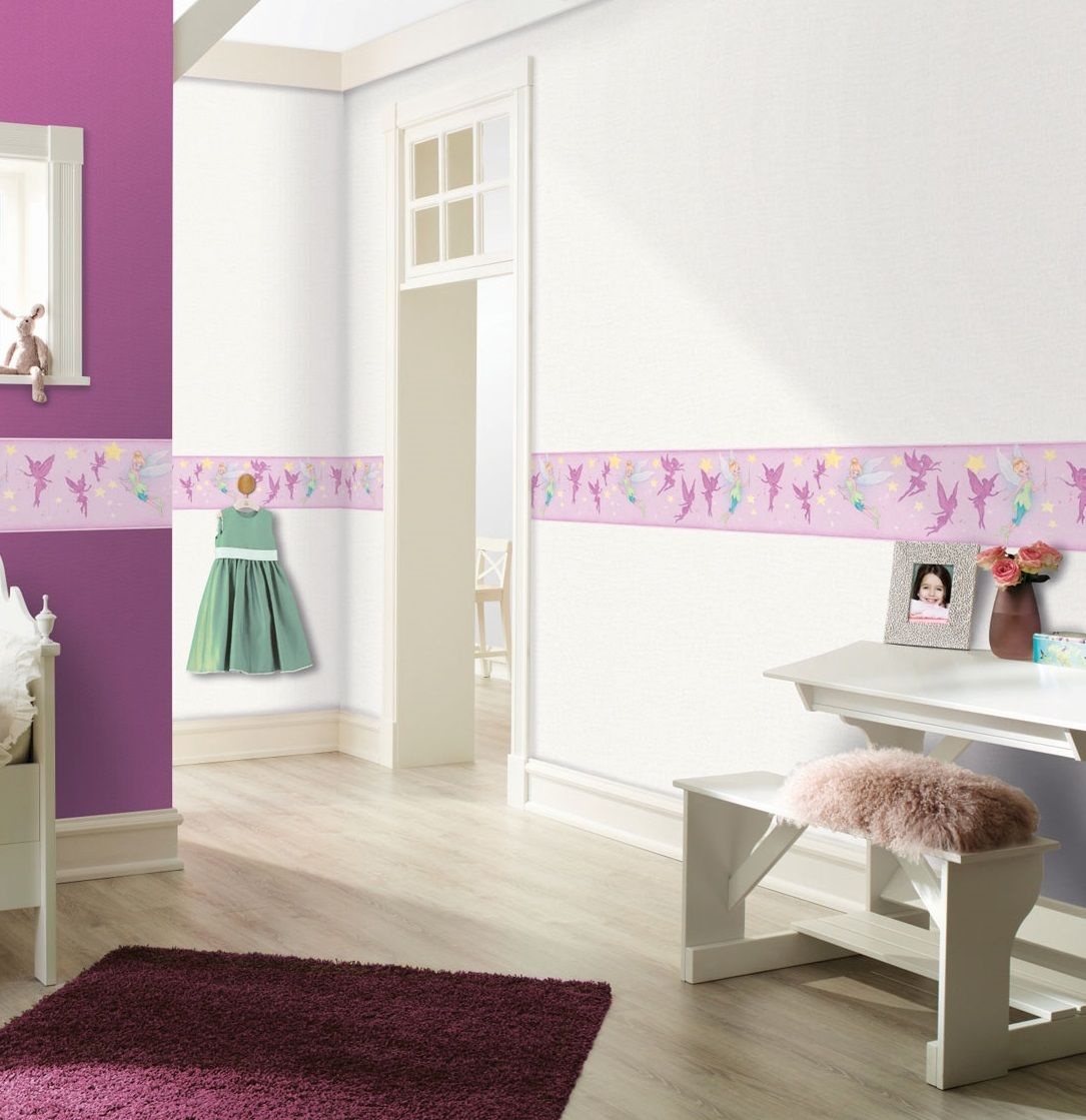 This Peter Pan's Tinkerbell border is the perfect