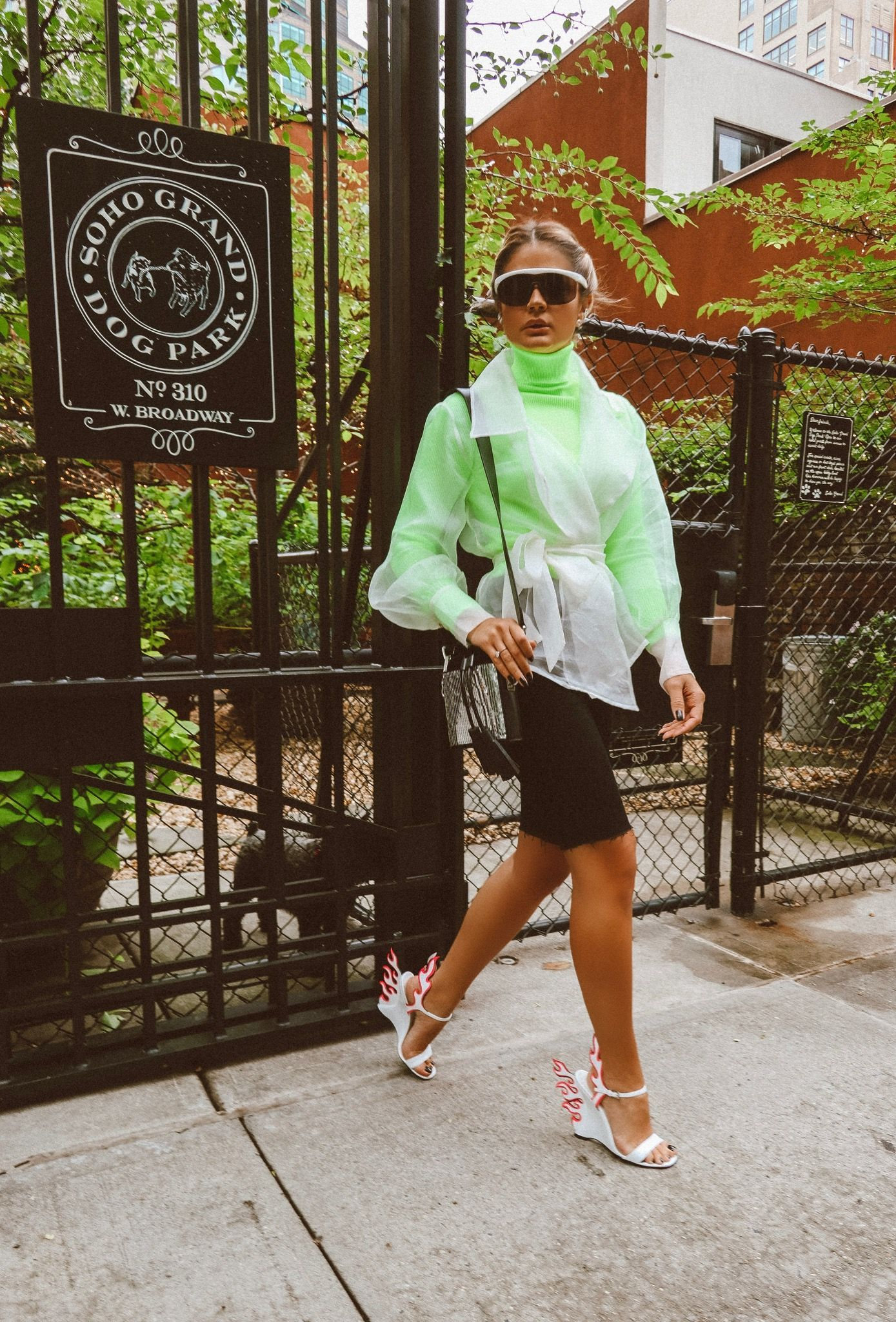 Look Neon em NY (com imagens) | Roupas neon, Estilo neon