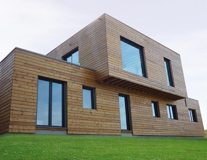 Maison Contemporaine A Toit Plat Construite En Ossature Bois Maison Ossature Bois Maison Maison Bois