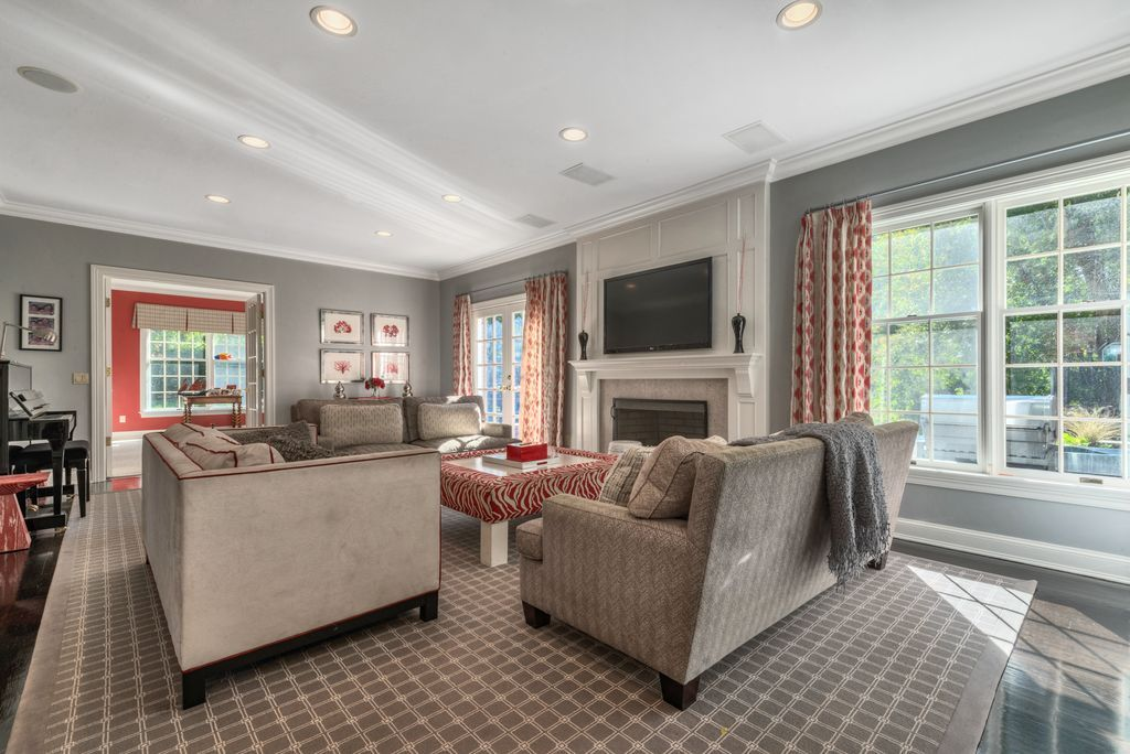 4 Angus Ln, Greenwich, CT 06831 | MLS #98181 | Zillow