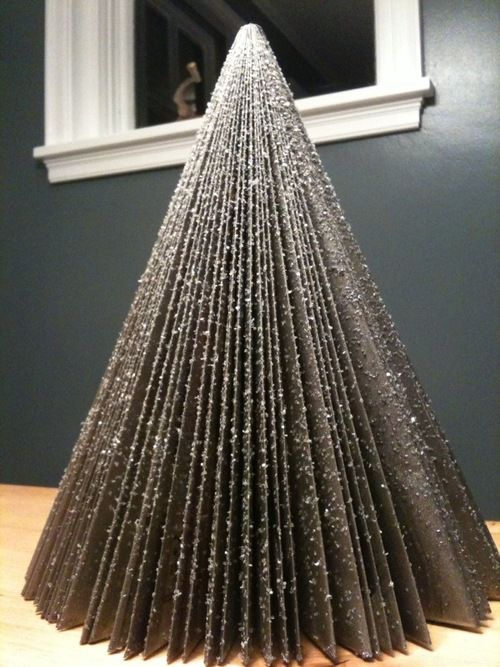 Christmas Tree Made From An Old Magazine That S A Lot Of Folding Right There Jersey Maxi Skirts Maxi Skirt Old Magazines