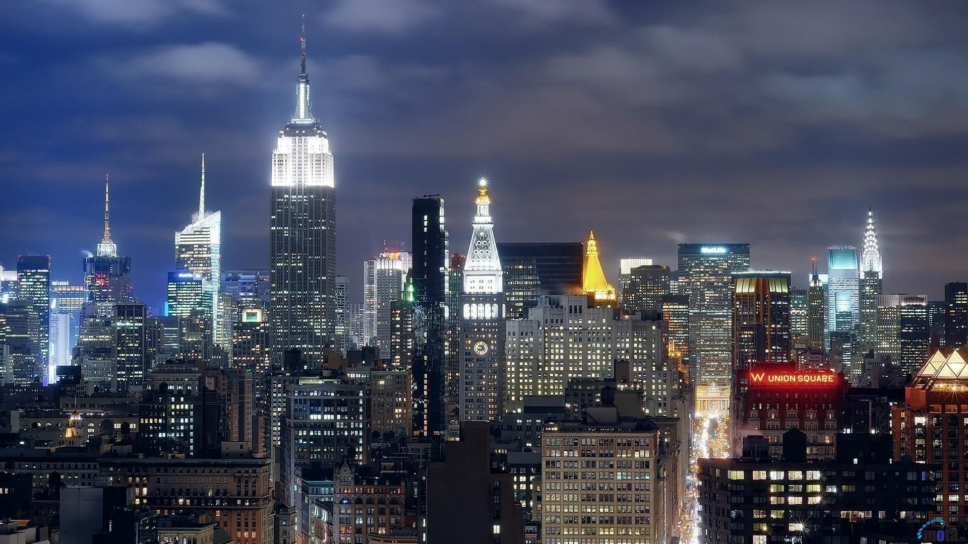 Pin By Kristi Hutton On New York City Nyc At Night New York Hotels Manhattan New York