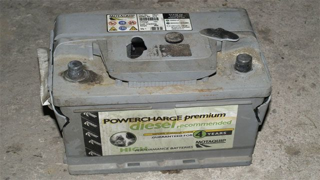 Cleaning car batteries